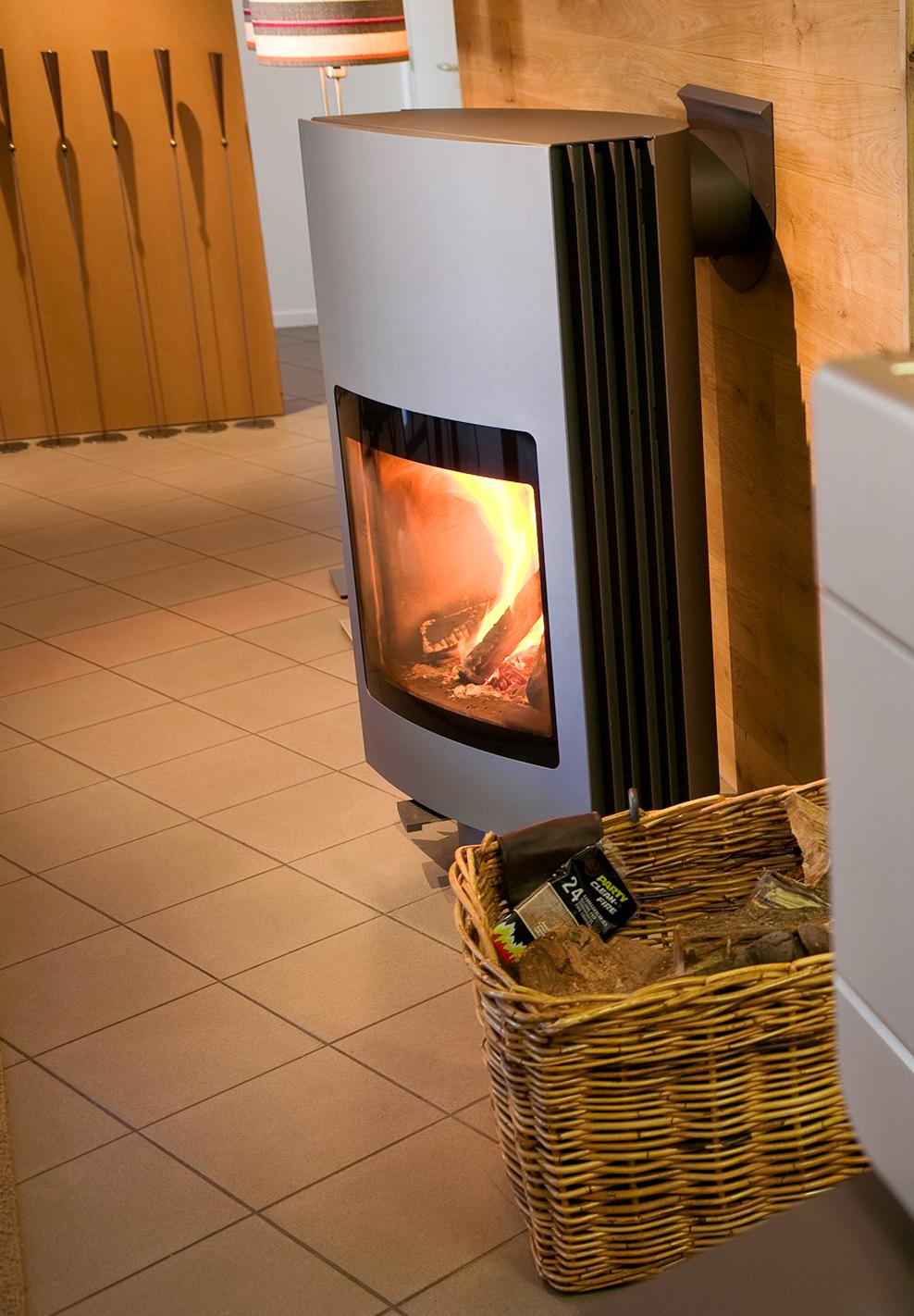 Contemporary-Modern-Glass-Fronted-Wood-Burning-Fire-Fuga eL. Fuga eL rear  flue ... - Harrie Leenders Fuga EL Rotatable Wood Burning Stove 11.6kW