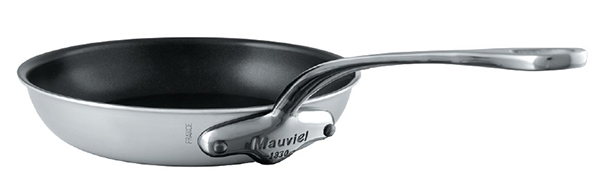 Explore the Mauviel M'Urban Onyx Magnetic Stainless Steel Collection, available from Robeys