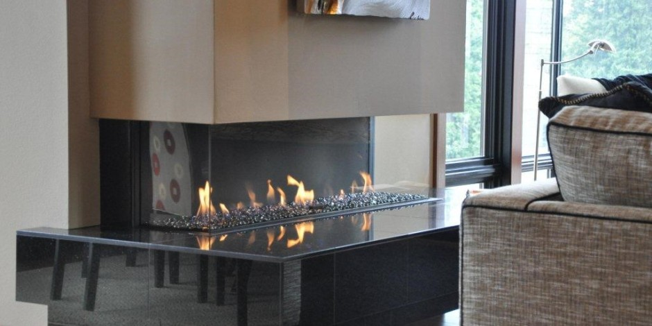 Contemorary-Modern-Glass-Fronted-Gas-Fireplaces-Ortal-Clear-Three-Sided-150