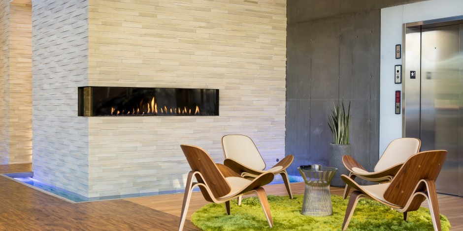 Modern-Glass-Fronted-Gas-Fireplaces-Ortal-Clear-Corner-200