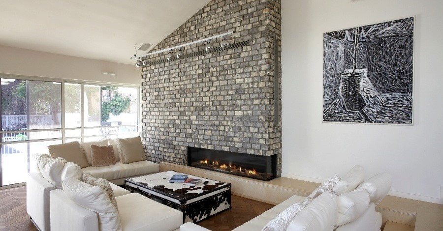 Modern-Glass-Fronted-Gas-Fireplaces-Ortal-Clear-Corner-170