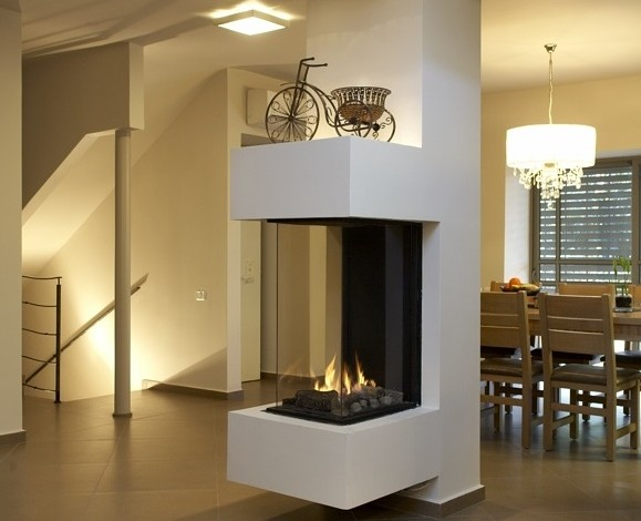 Contemorary-Modern-Glass-Fronted-Gas-Fireplaces-Ortal-Clear-Three-Sided-40H70