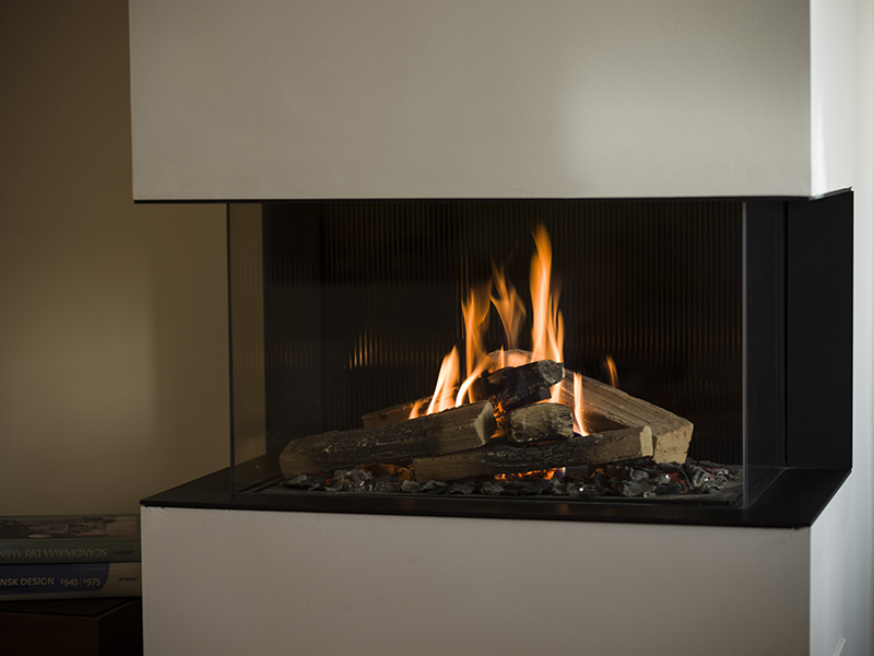 The RAIS Visio 70 3S Three-Sided Built-In Gas Fireplace, available from Robey's of Derbyshire