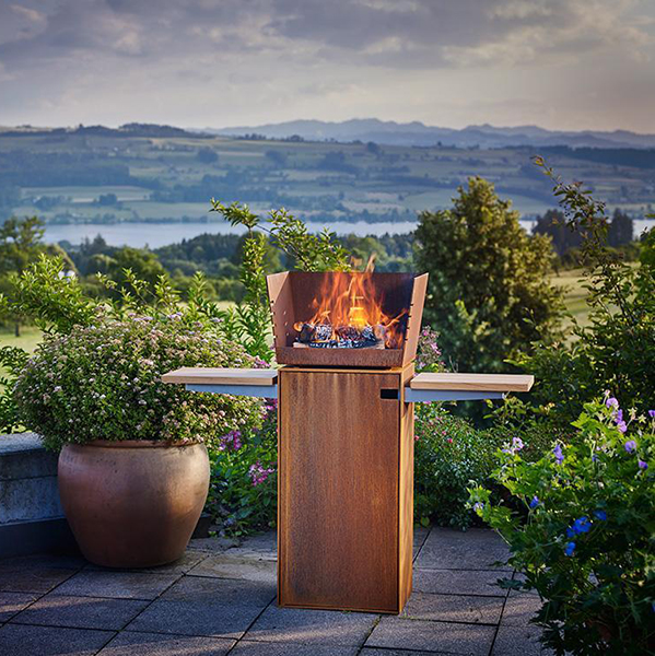 RAIS – Square Outdoor Fire