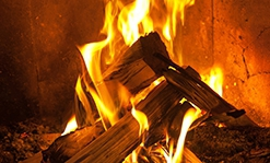 A guide to the very real benefits of a modern clean burning wood stove