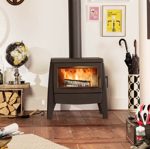 Iron Dog – Number 7 Wood Burning Stove 7.7kW
