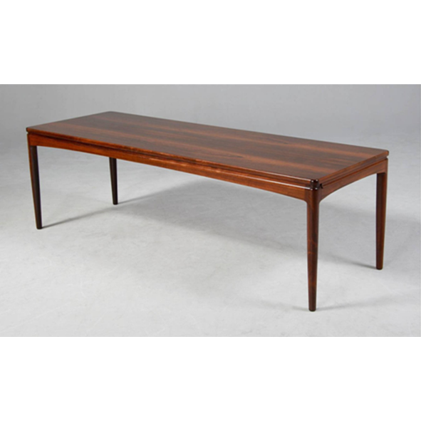 Classic Furniture – Long Rosewood Coffee Table