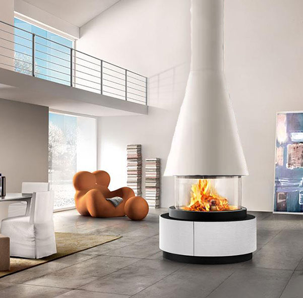 Piazzetta – Uppsala Fireplace with 360 Degree View